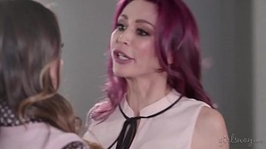 Quinn Wilde And Monique Alexander Lesbian Fuck
